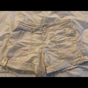 Sanctuary Camo Standard Surplus Shorts Size 26